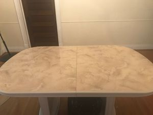 Dining room table and china cabinet for Sale in St. Louis, MO