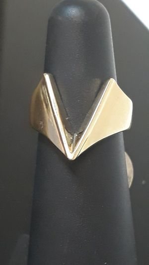 14k yellow gold v chevron ring 8.1 grams size 4 for Sale in Fort Pierce, FL
