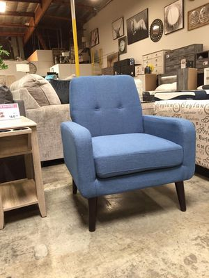 Modern Accent Chair, Blue for Sale in Pico Rivera, CA