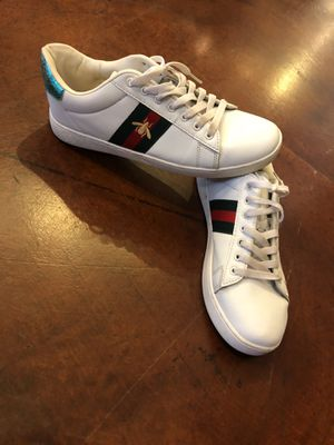 Gucci Tennis Shoes Size 9 for Sale in Las Vegas, NV