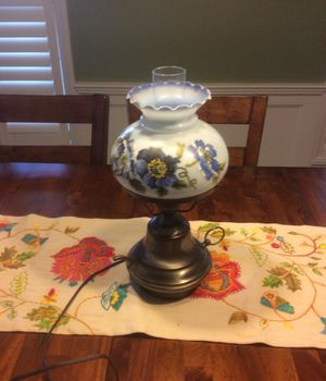 """15"""" Unbranded Table lamp with Glass Globe for Sale in Cumberland, RI"""