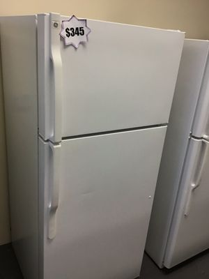 GE top and bottom refrigerator 10% off 🚨‼️🚨 for Sale in Las Vegas, NV