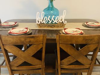 Dining Table w/bench 6FT for Sale in Channelview,  TX