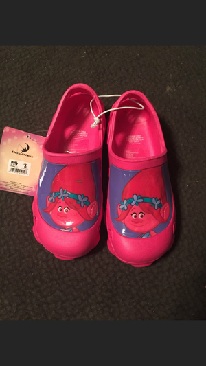 Troll shoes size 13 for Sale in Portsmouth, VA