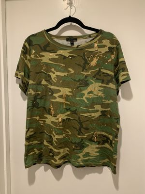 J. Crew Camo Gold Splatter Tee Shirt size XL for Sale in Carrollton, TX