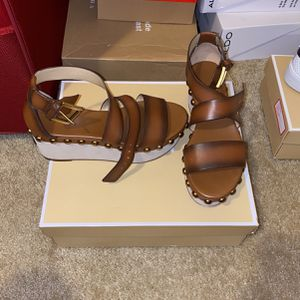 Michael Kors Women Shoes Size 7 for Sale in Raleigh, NC