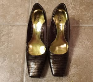 J. Reneé Mary Bronze Lizard Print Block Heels Sz. 6½ for Sale in Addis, LA