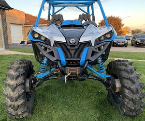 2017 can am maverick 1000r for Sale in Melrose Park, IL