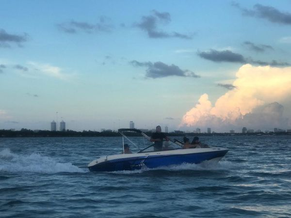 2009 bayliner 185 boat