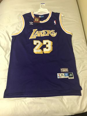official photos efe1a 657ac New and Used Lakers jersey for Sale in El Centro, CA - OfferUp