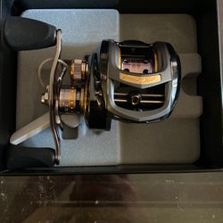 Johnny Morris Signature Series Baitcast Reel for Sale in Portland,  OR