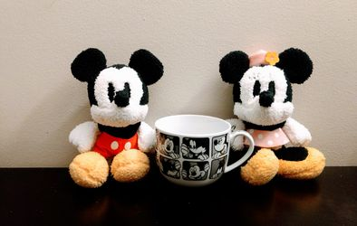 Mickey & Minnie Mouse Set (Pick up🛒 In Bellevue) Check Out My Other Posts 🤹🏻♂️ for Sale in Bellevue,  WA