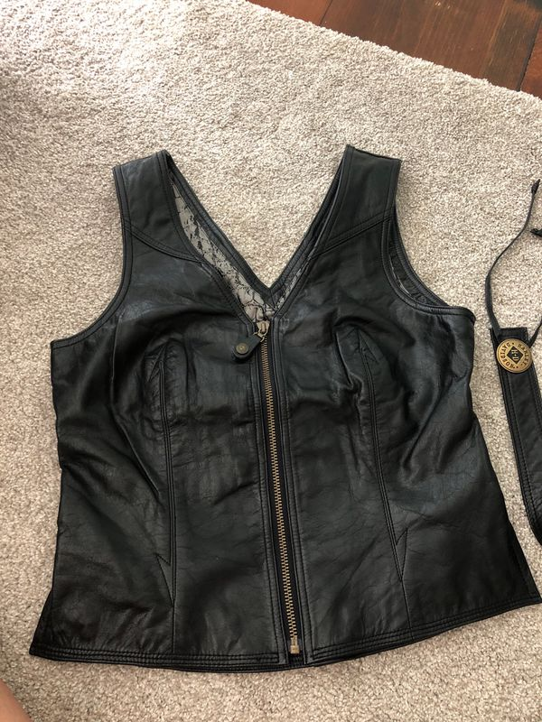 Harley Davidson women's Small leather vest