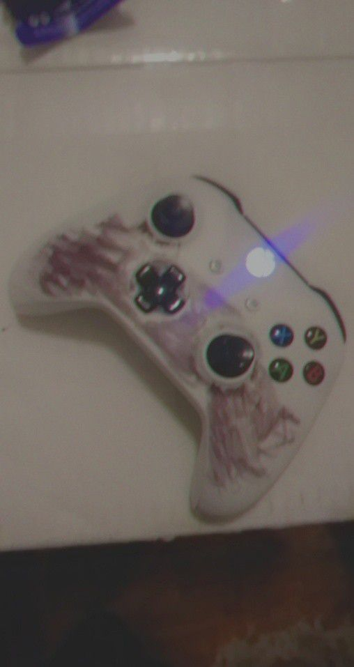 Xbox One Controller Nun Wrong With It Just need back peace