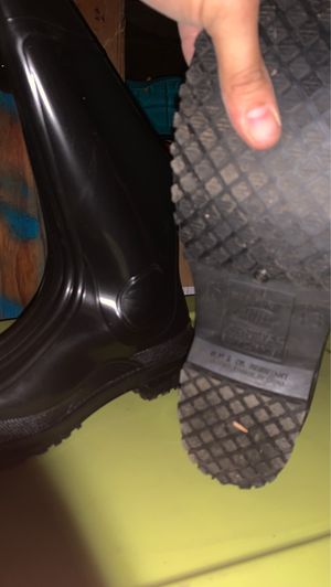 Steel toe work slip on boots 80$ size 10 men for Sale in Rialto, CA