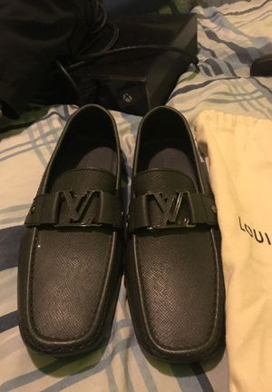 Louis Vuitton Loafers (Black) for Sale in Detroit, MI