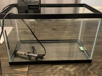 10 Gallon Fish Tank Aquarium With Filter And Heater Fish Supplies for Sale in Alpine,  CA