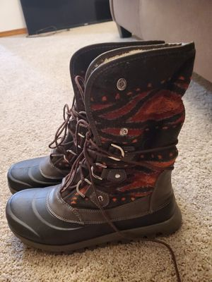 Brand new womens size 8 baretrap boots for Sale in Seattle, WA
