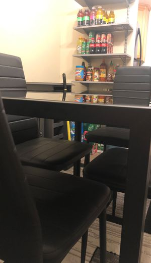 Dinner Dining Table with Chairs for Sale in Escondido, CA