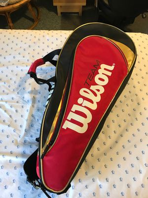 Wilson Tennis Bag with rackets for Sale in Rockville, MD