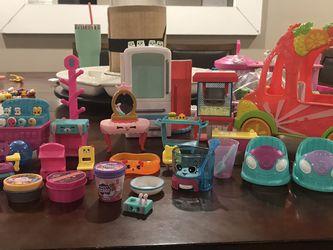 Shopkin accesories Lot for Sale in Denair,  CA