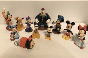 Disney toys collectible figures Mickey Mouse series 11 total for Sale in Kirkland, WA