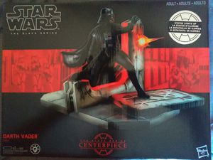 COLLECTIBLE 2017 STAR WARS THE BLACK SERIES CENTER PIECE # 1 DARTH VADER LIGHT UP STATUE. for Sale in El Mirage, AZ