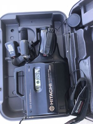 Hitachi VM-3300A Camcorder Twin Beam 8x Zoom Conversion Lens With Case Vintage for Sale in Lancaster, CA