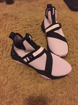 Puma Sneakers size 7 for Sale in Detroit, MI