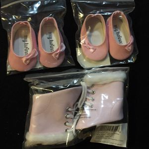 New 18 inch doll shoes, ice skates for Sale in Salem, SD