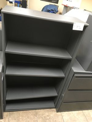 Metal shelf - Needs one retainer clip. Three adjustable shelves. #4 for Sale in Sugar Land, TX
