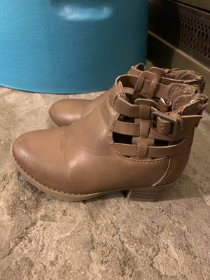 Girls boots size 7 for Sale in Santa Ana, CA