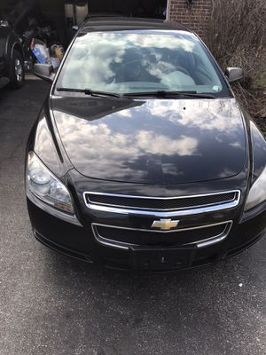 2010 Chevy Malibu. for Sale in Bolingbrook, IL