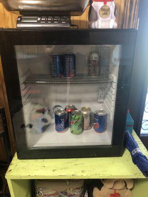 Mini fridge for Sale in MAGNOLIA SQUARE, FL