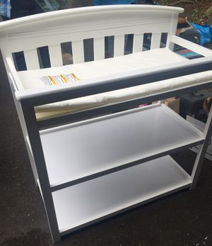 Baby Changing Table in white for Sale in Mukilteo, WA