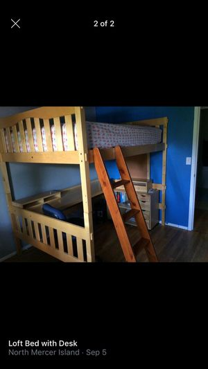 Full size bunk bed with desk for Sale in Bellevue, WA
