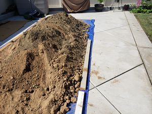 Clean fill dirt FREE for Sale in Riverside, CA