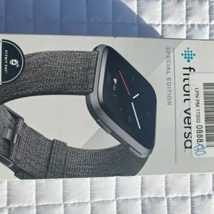 $140 FITBIT VERSA SPECIAL EDITION for Sale in Las Vegas, NV