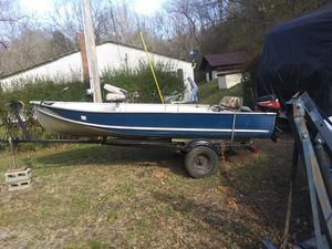 16 ft albumin boat 3 new tires new fish finder new motor good tralor and Jack for Sale in Ashland City, TN