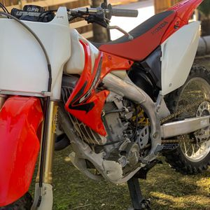 🌟2005 CRF450R🌟Runs Perfect!! Pink And Current Reg for Sale in Perris, CA