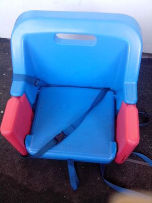 Safety 1st Booster Seat for Sale in Cleveland, OH