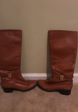 Brown Michael kors boots size 7 for Sale in Nashville, TN