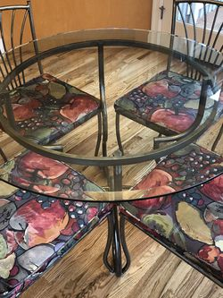 Dining Table Set for Sale in Redmond,  WA