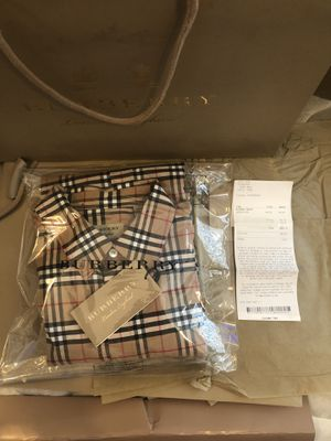 Burberry Casual Shirt New for Sale in Los Angeles, CA