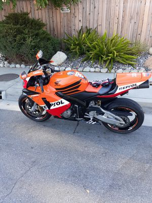 04 cbr600rr for Sale in Phillips Ranch, CA