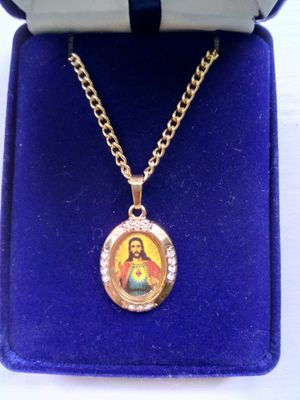 "Gold-plated Sacred Heart of Jesus medal a 24"" gold plated curb chain. Religious jewelry. for Sale for sale  Stockton, CA"