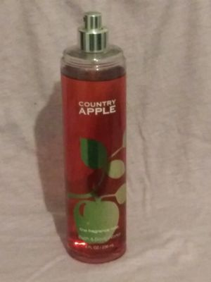 Bath and body works country apple fragrance mist for Sale in Scotts Valley, CA
