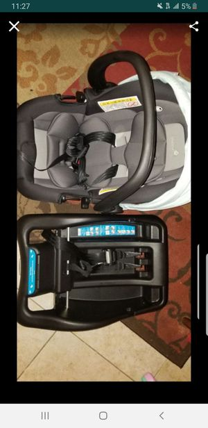 Car Seat for Sale in Whittier, CA