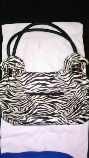 LEATHER ANIMAL PRINT HOBO BAG. for Sale in Las Vegas, NV