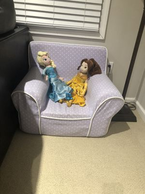 Kids toddlers pottery barn memory foam chair for Sale in Dublin, OH